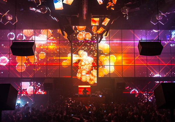 Light Nightclub Bachelorette Vegas