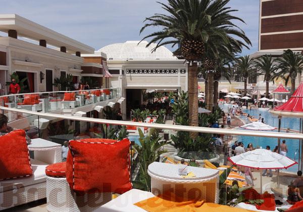 Encore beach club daybed